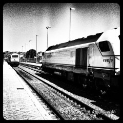 En tren...